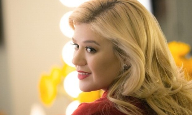 [10.1MB] Download Kelly Clarkson – Piece by Piece M4A MP3 AAC